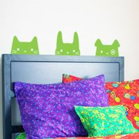 Headboard Pets - Wall Decals